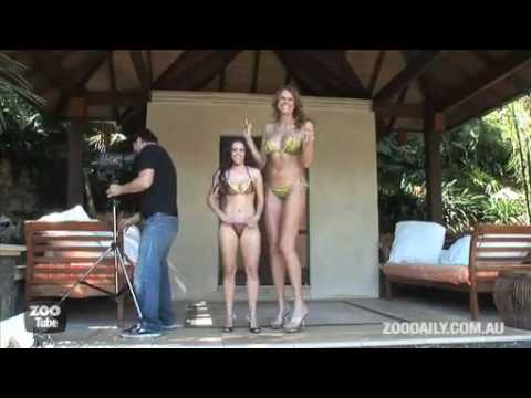 golie-tetki-tantsuyut-video