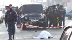 Գյումրիում Mercedes-ը բախվել է Opel-ին, Opel-ն էլ վրաերթի է ենթարկել հետիոտնին. վերջինը տեղում մահացել է...