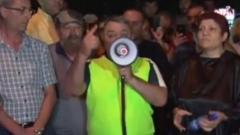 Մտավորականներին շատ մի լսեք, դրանք մտավոռական են. Ռուբեն Հախվերդյանը՝ Խորենացի փողոցում...video