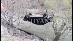 30-ամյա վարորդը ВАЗ 21010-ով գլխիվայր շրջվելով՝ հայտնվել է Արփա գետում. ՏԵՍԱՆՅՈՒԹ