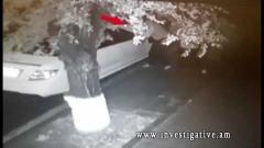 Տեսախցիկը ֆիքսել է՝ ինչպես է Երևանի կենտրոնում անհայտ անձը հափշտակում Mercedes-ի կողային հայելին