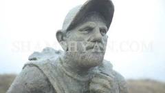 Վանաձոր-Գյումրի ճանապարհին տեղադրված Նիկոլ Փաշինյանի «Իմ քայլը» անվամբ արձանը վնասել են